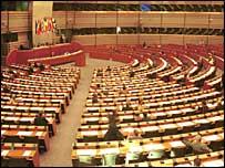 ЕП орязва финансовите помощи за Турция заради липсата на перспектива за приемането й в ЕС.