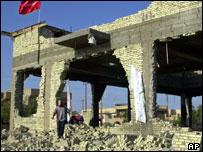 A wrecked Sunni mosque