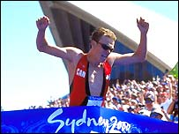 Simon Whitfield wins gold at the Sydney Olympics