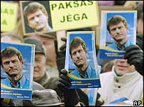Supporters of President Rolandas Paksas at a rally in December