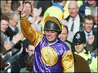 Barry Cash celebrates his victory on Brave Inca
