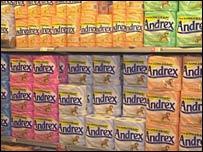 Rollos de papel higi�nico en el supermercado