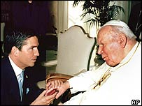 Actor Jim Caviezel with the Pope