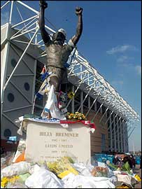 Fans lay floral tributes at Leeds