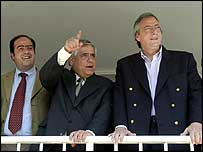 From left: Julio Borges,  Henrique Mendoza and Argentine president Nestor Kirchner during Caracas G15 summit in February