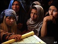 Afghan women waiting to register in Kabul