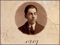 Pablo Neruda, 1919. Foto: Cortesía Fundación Pablo Neruda