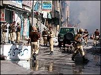 انتشار للجيش الباكستاني بعد مواجهات طائفية (ارشيف)