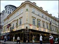 Casino Royal, Prague