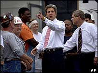 John Kerry talks to construction workers in Davenport, Iowa