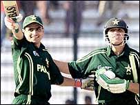 Pakistan batsman Asif Iqbal