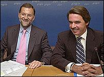 Mariano Rajoy y Jos� Mar�a Aznar.