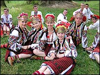 Hutsul dance group