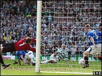 Henrik Larsson scored the only goal