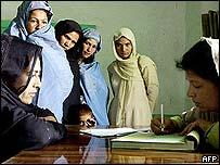 Afghan women registering to vote