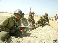 Soldiers in former Iraqi army