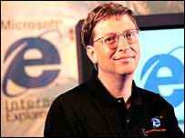 Bill Gates shows off Internet Explorer
