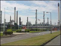 A refinery at Milford Haven