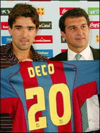 Deco is presented to the media by Barca Joan Laporta