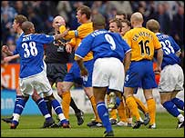 Duncan Ferguson clashes with Steffen Freund