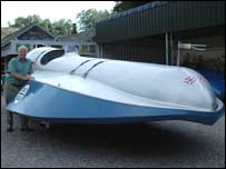 Don Sidebottom with the Bluebird K4