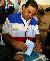 Presidential candidate Tony Saca casts his ballot