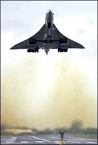 BA Concorde taking off