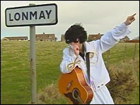 Elvis impersonator at Lonmay