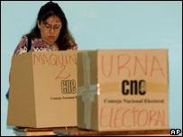 Centro de votaci�n, Venezuela.