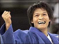 China's Xian Dongmei won the women's under-52kg title