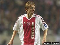 Richard Witschge in action for Ajax