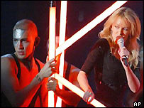 Kylie Minogue and dancer