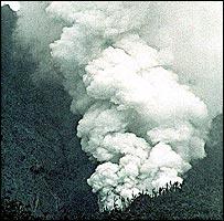 Volcano erupts in Montserrat, 1995