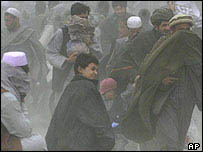 People caught in Afghan dust storm   AP