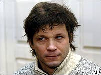 Bertrand Cantat in court to hear the verdict