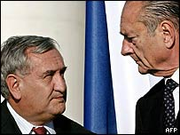 PM Jean-Pierre Raffarin (left) with President Jacques Chirac (file picture)
