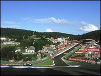 Ralf Schumacher blasts through Eau Rouge at the 2002 Belgian Grand Prix