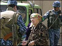 Tashkent police question an elderly lady