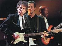 Bob Dylan, durante un concierto.