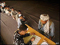 Men registering for Afghan elections