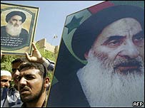 Supporters of Ayatollah Sistani in Kufa