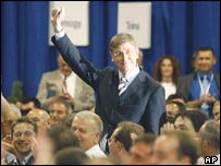 Ferenc Gyurcsany is applauded after winning the nomination as Hungary's prime minister