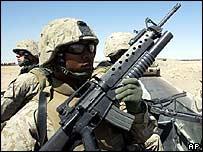 US soldiers on patrol in Falluja