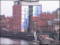 Gainsborough's flood wall
