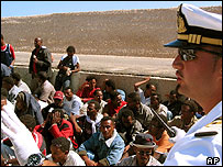 Boatload of migrants at Lampedusa, 16 Aug 04