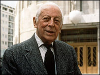 Alistair Cooke outside Broadcasting House