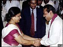 Sri Lankan President Chandrika Kumaratunga and Prime Minister Mahinda Rajapakse