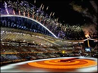 Fireworks light up Athens at the Olympics closing ceremony
