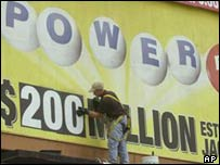 Powerball posters go up during frenzy in 2001