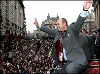 Clive Woodward celebrates the World Cup win